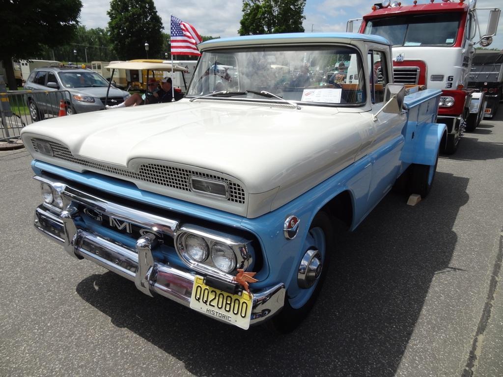1961 GMC 2500