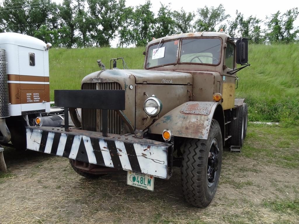 1949 Mack LM
