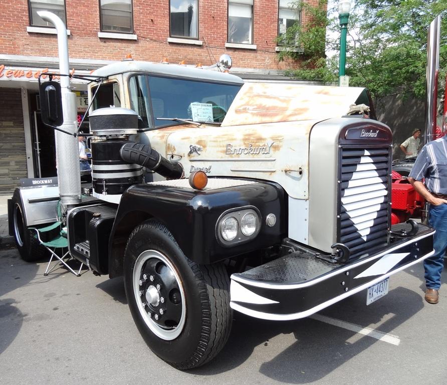 1965 Brockway E257T