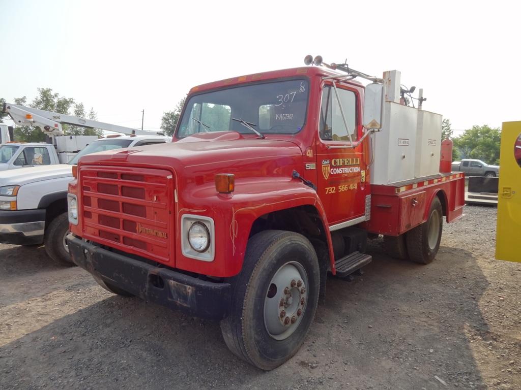 1986 INTERNATIONAL S1700