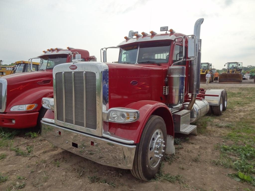 2008 PETERBILT 389