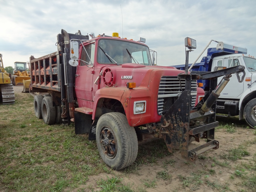 1988 FORD LT9000