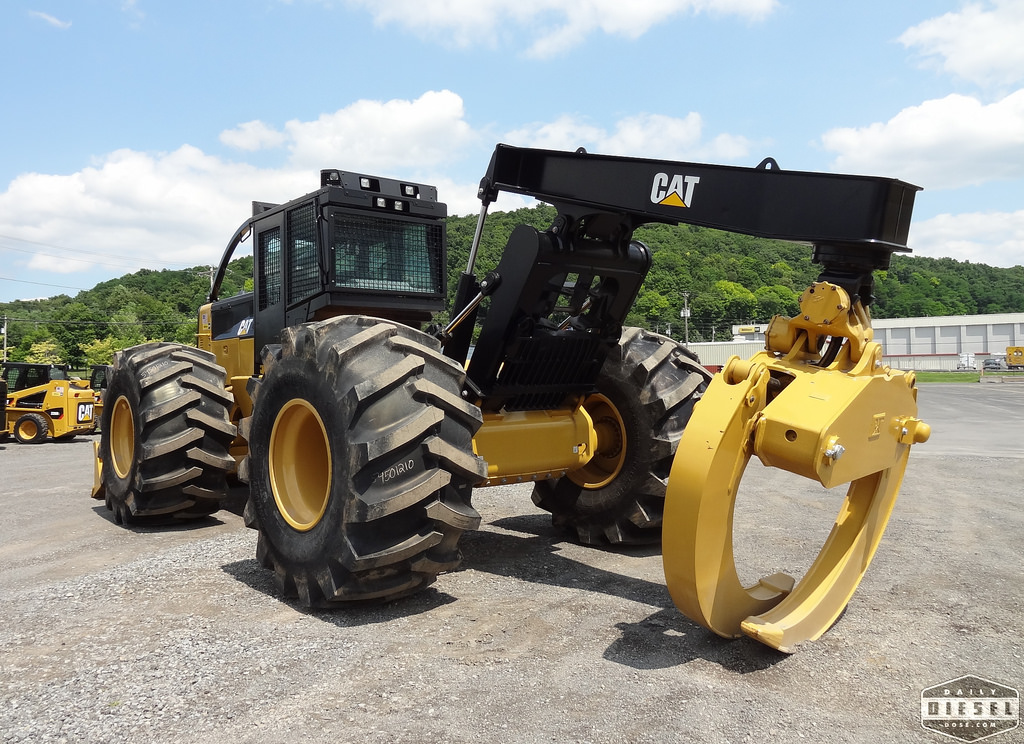 Cat 545C Skidder