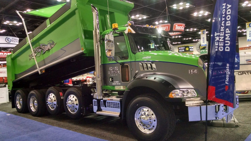 CS-Trucking-2019-Mack-Granite-Brandon-Body-1024x577