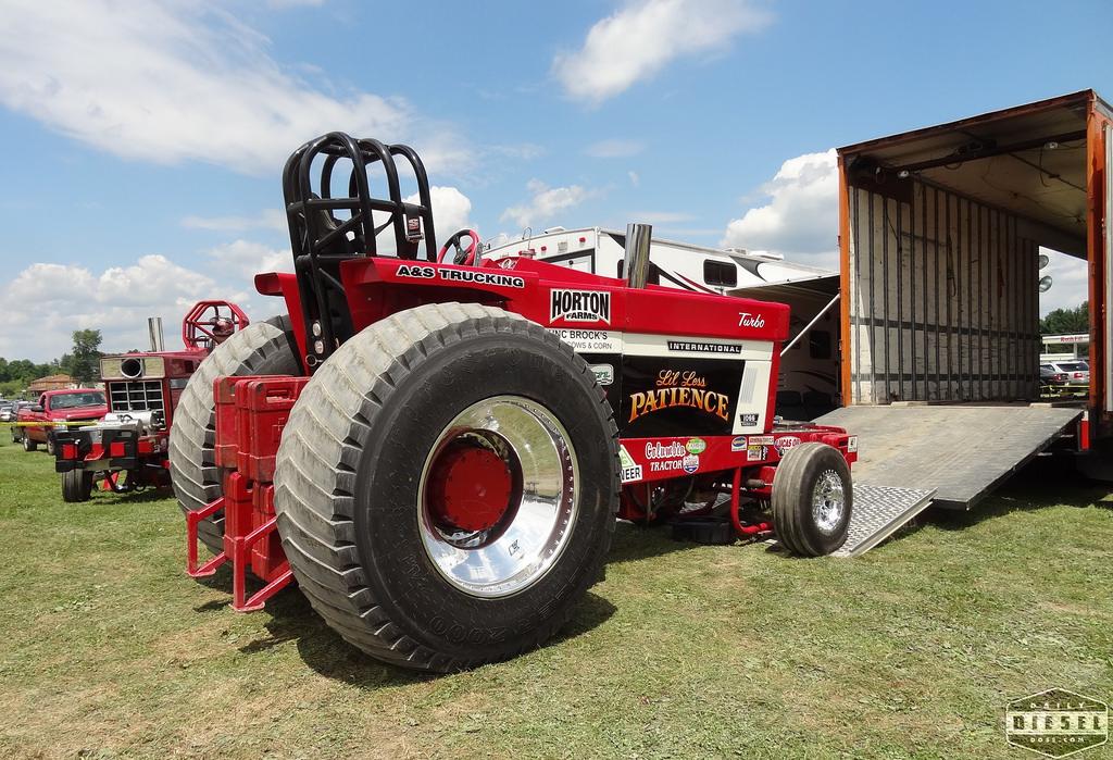 Pro Stock Garden Tractor Puller : Tractor pulling